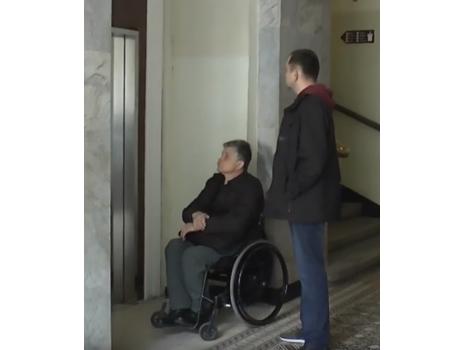 АРМ-ЕКО отремонтировала лифт для людей с инвалидностью (Львов) (ВИДЕО)