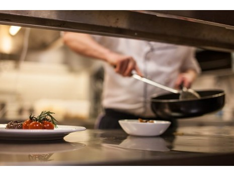 Какими сковородками пользуются профессиональные повара?